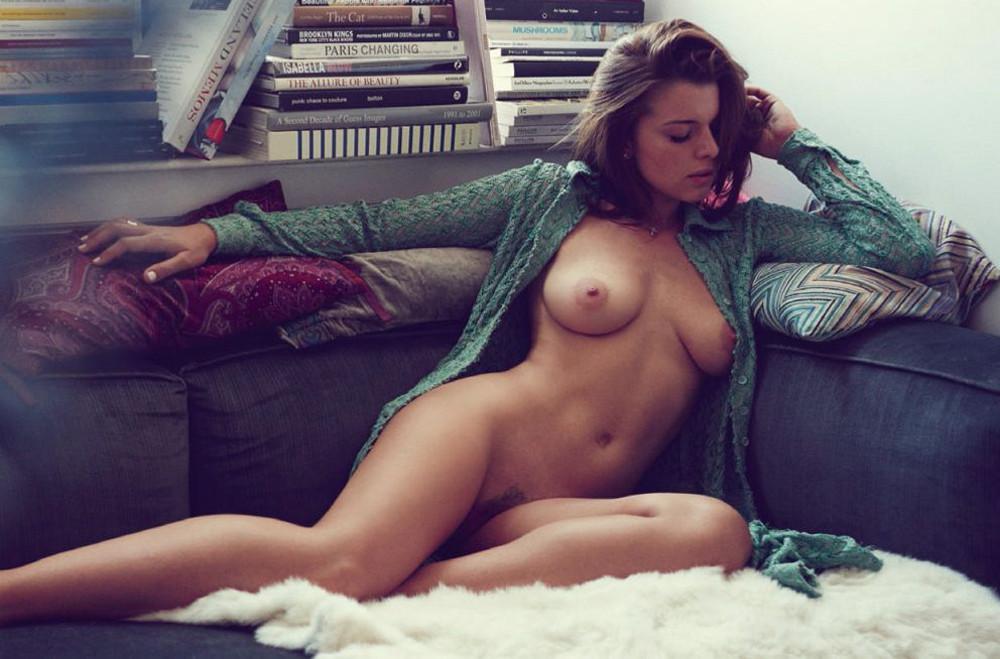 Julia Fox7-cópia.jpg