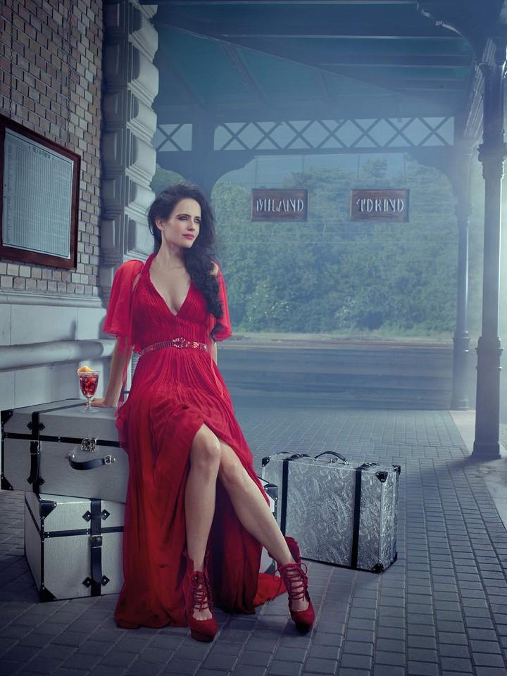 Eva-Green-Campari-Calendar-Photoshoot-2015-08.jpg