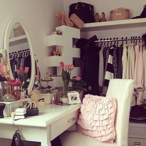 clothes-girly-inspiration-light-colours-Favim.com-