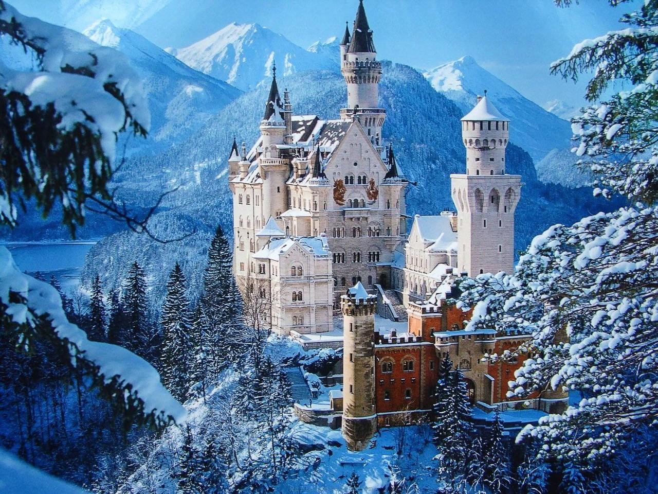 Neuschwanstein-Castle_s.jpg