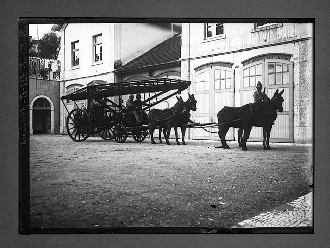 Portugal: pompiers (C. Chusseau-Flaviens, 1900-1920)