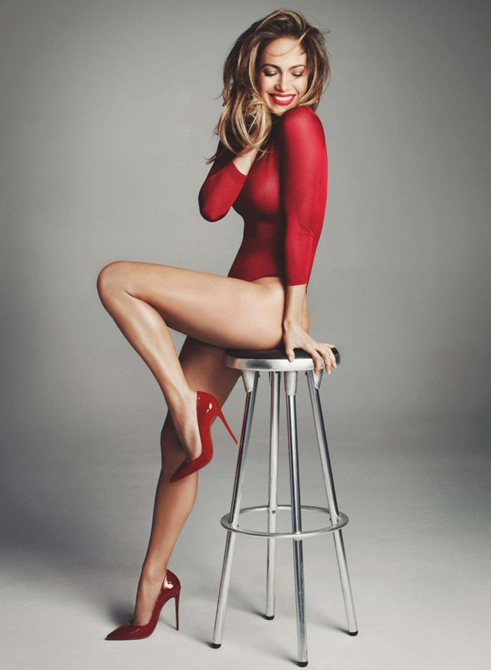 Jennifer-Lopez--Marie-Claire-UK-2015--06.jpg