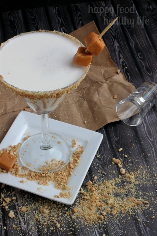 Caramel-Cheesecake-Martini1-wm.jpg
