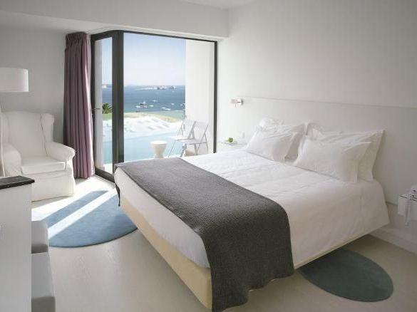 memmo-baleeira-hotel-standard-vista-mar.jpg