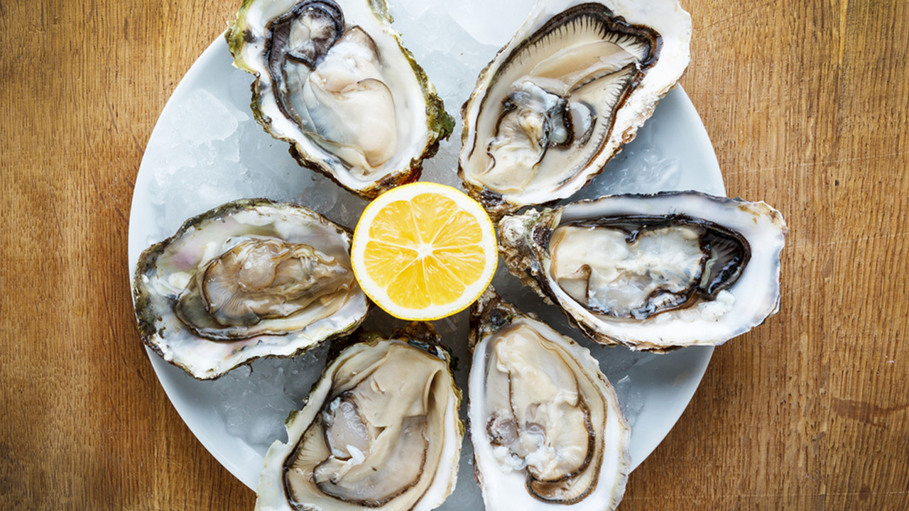 oysters-lemon-stock-today-tease-150806_477f67ef1a7