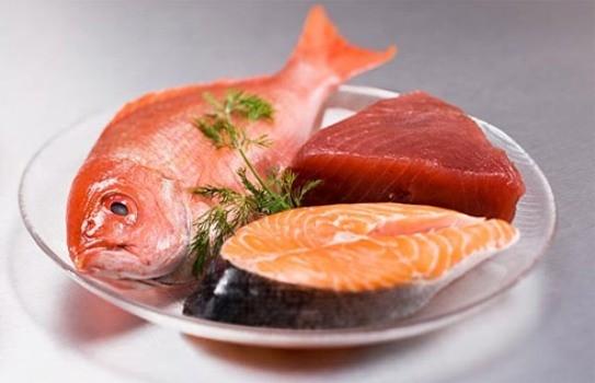 513533-Comer-peixe-melhora-a-leitura-das-crianças