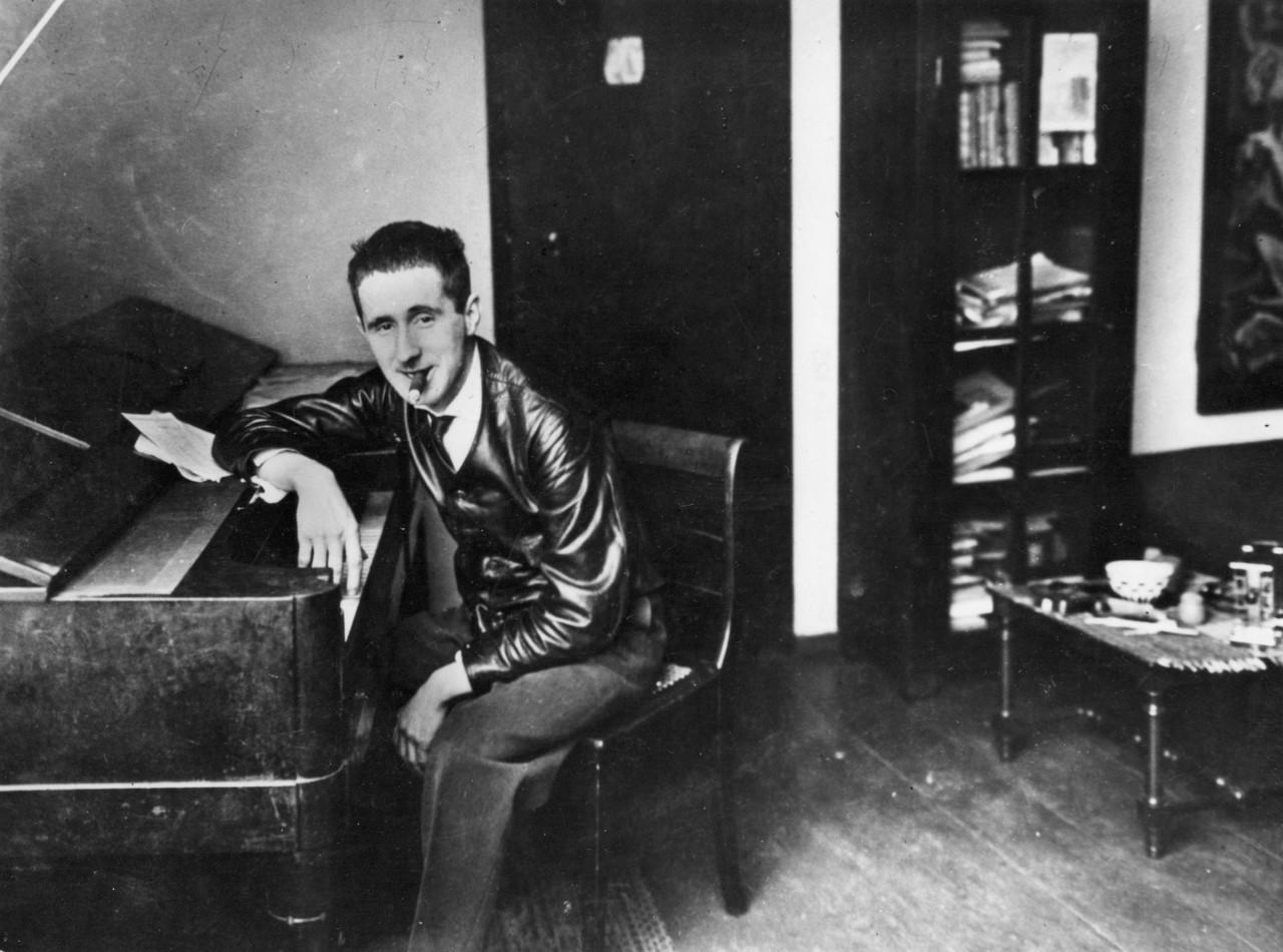 Bertolt Brecht_3