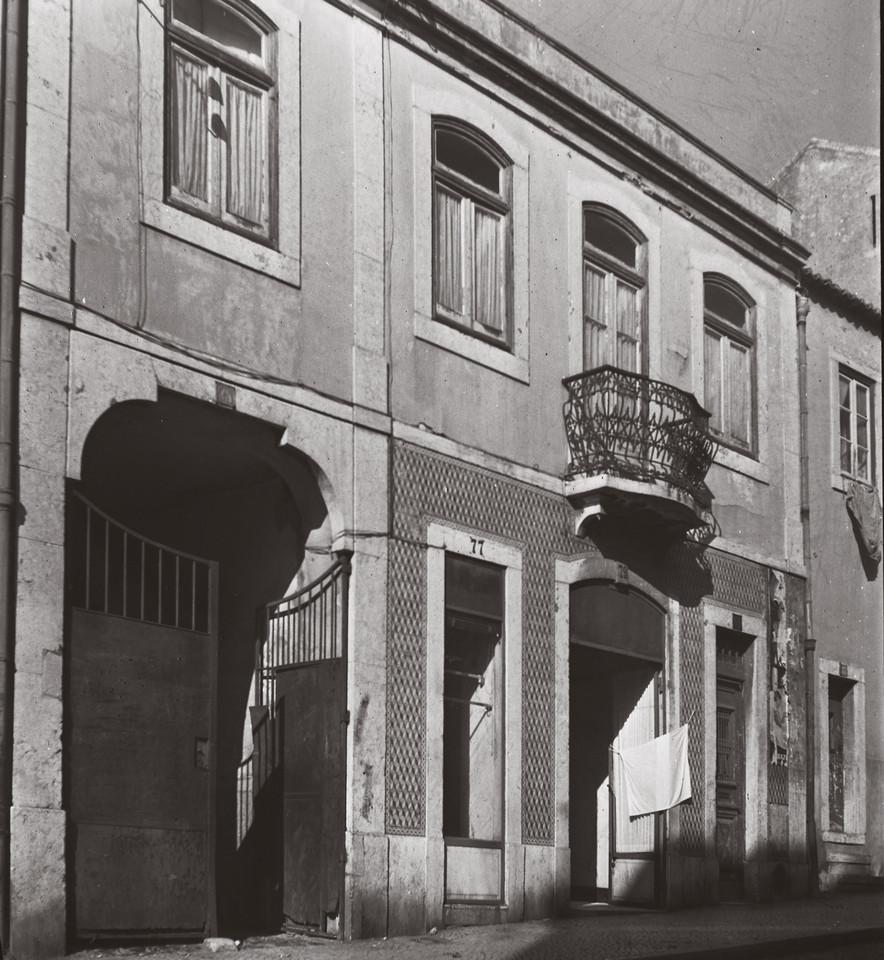 Rua Barão de Sabrosa, 75-79, Alto do Pina (A. J. Ferandes, 1967)