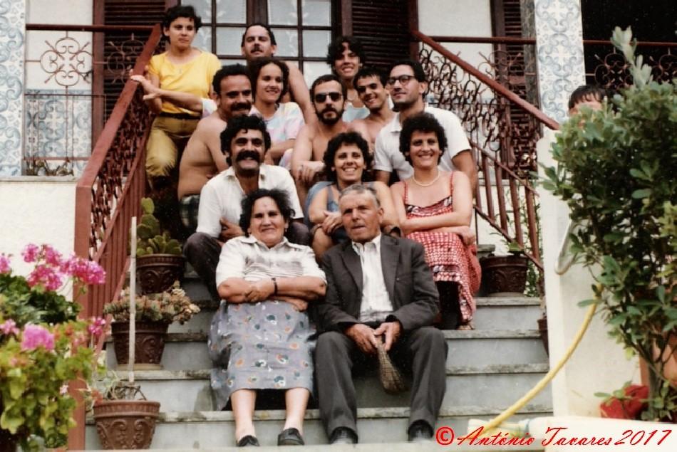 Familia na Casa da Praia.jpg