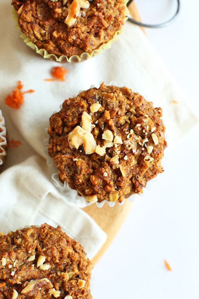 Easy-wholesome-Carrot-Walnut-Muffins-Just-ONE-bowl