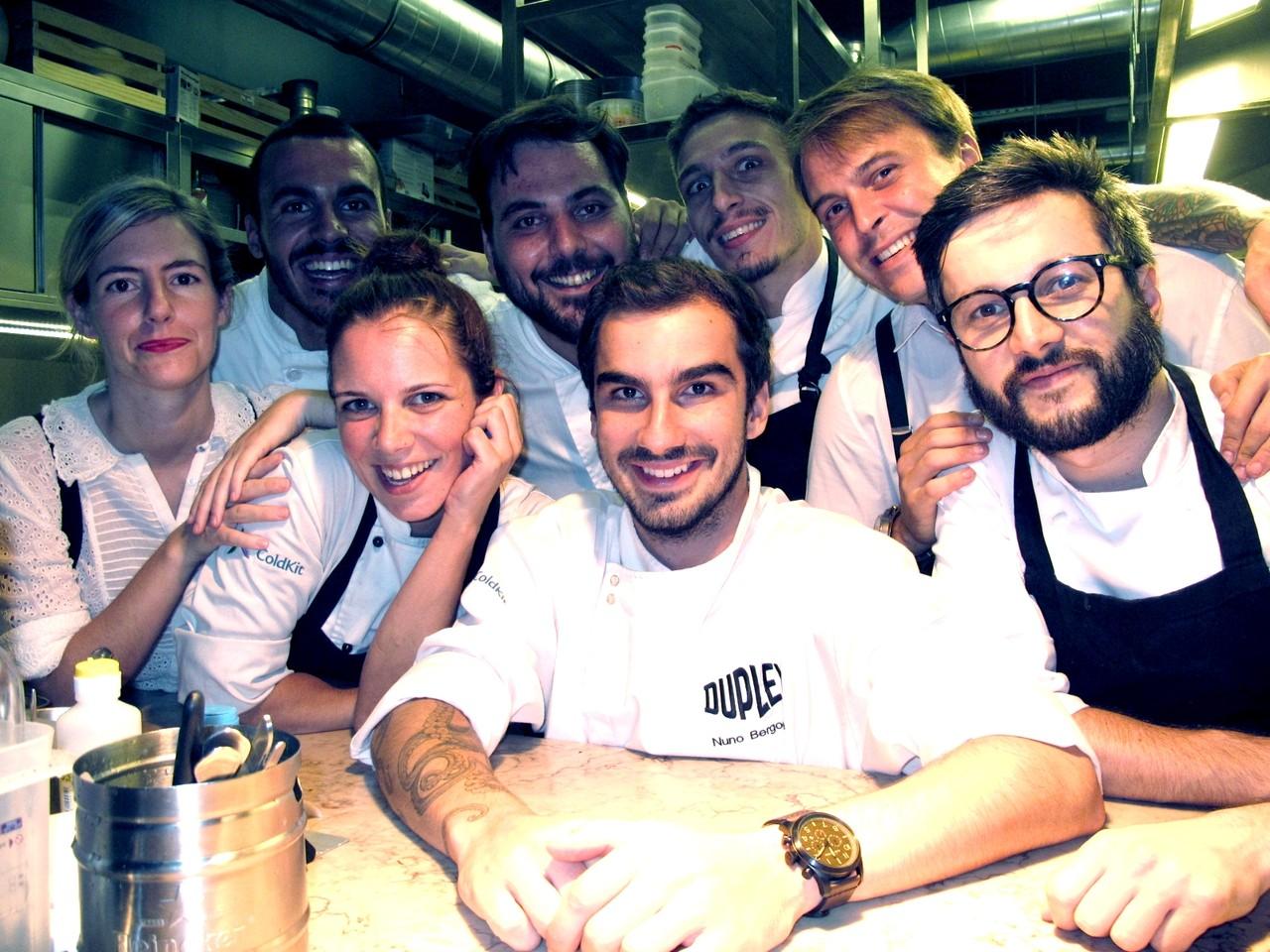 Na cozinha do DUPLEX