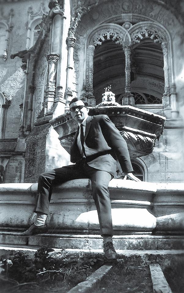 06.- António - Paslace do Bussaco (1967).jpg