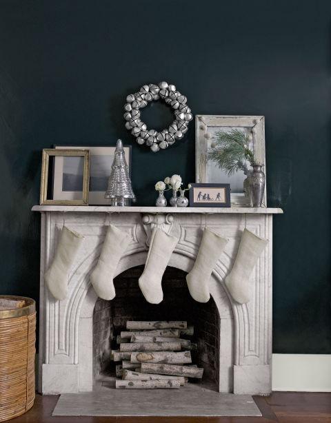 54eae2b7d76f9_-_01-a-brilliant-move-fireplace-0114