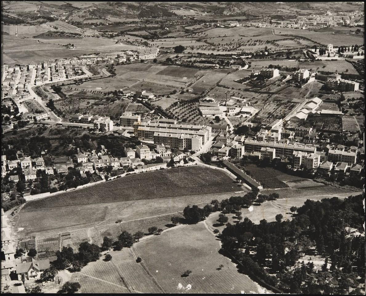 Vista aérea sobre Benfica, Lisboa (C.M.L./D.E.P., 195...)