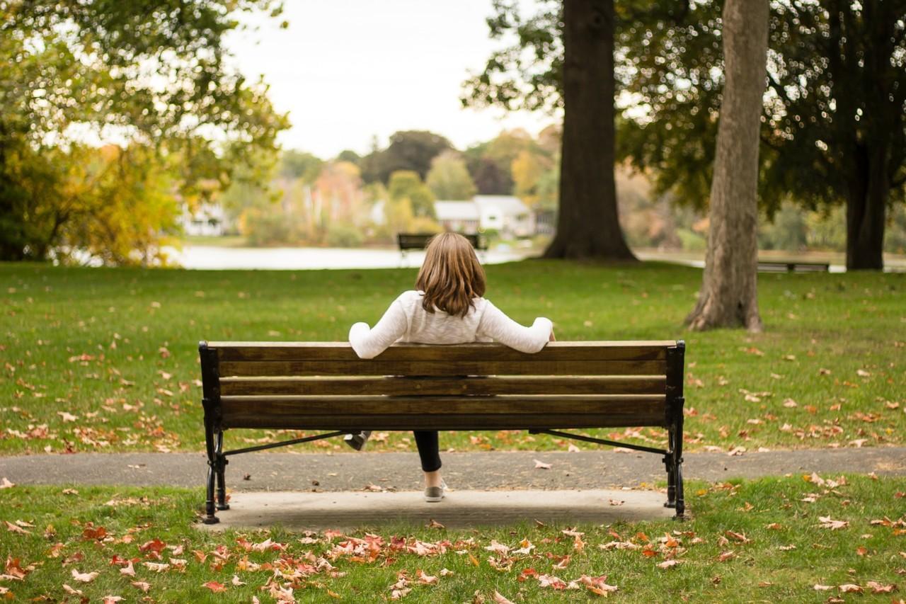 chair-2595311_1920.jpg