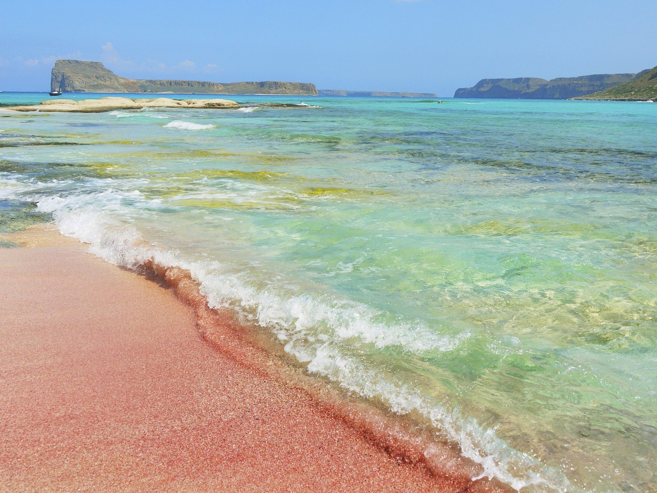 pink-beaches-balos-bay-cr-getty-508445897.jpg