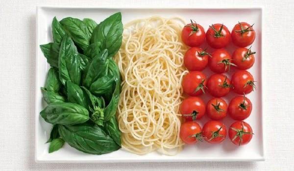 Italy-food-flag_600.jpg