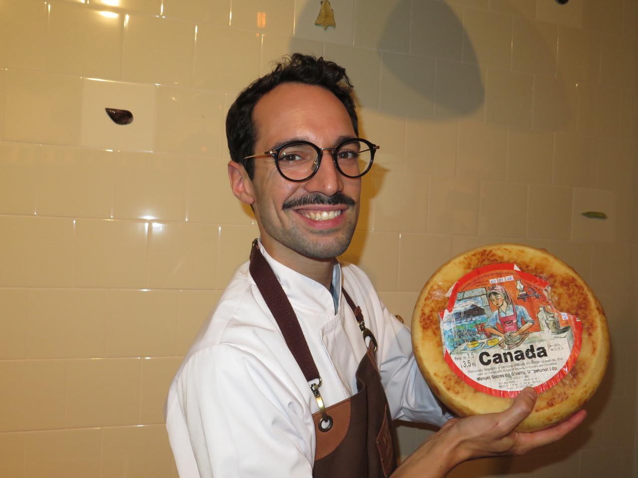João Jesus e o queijo Canada