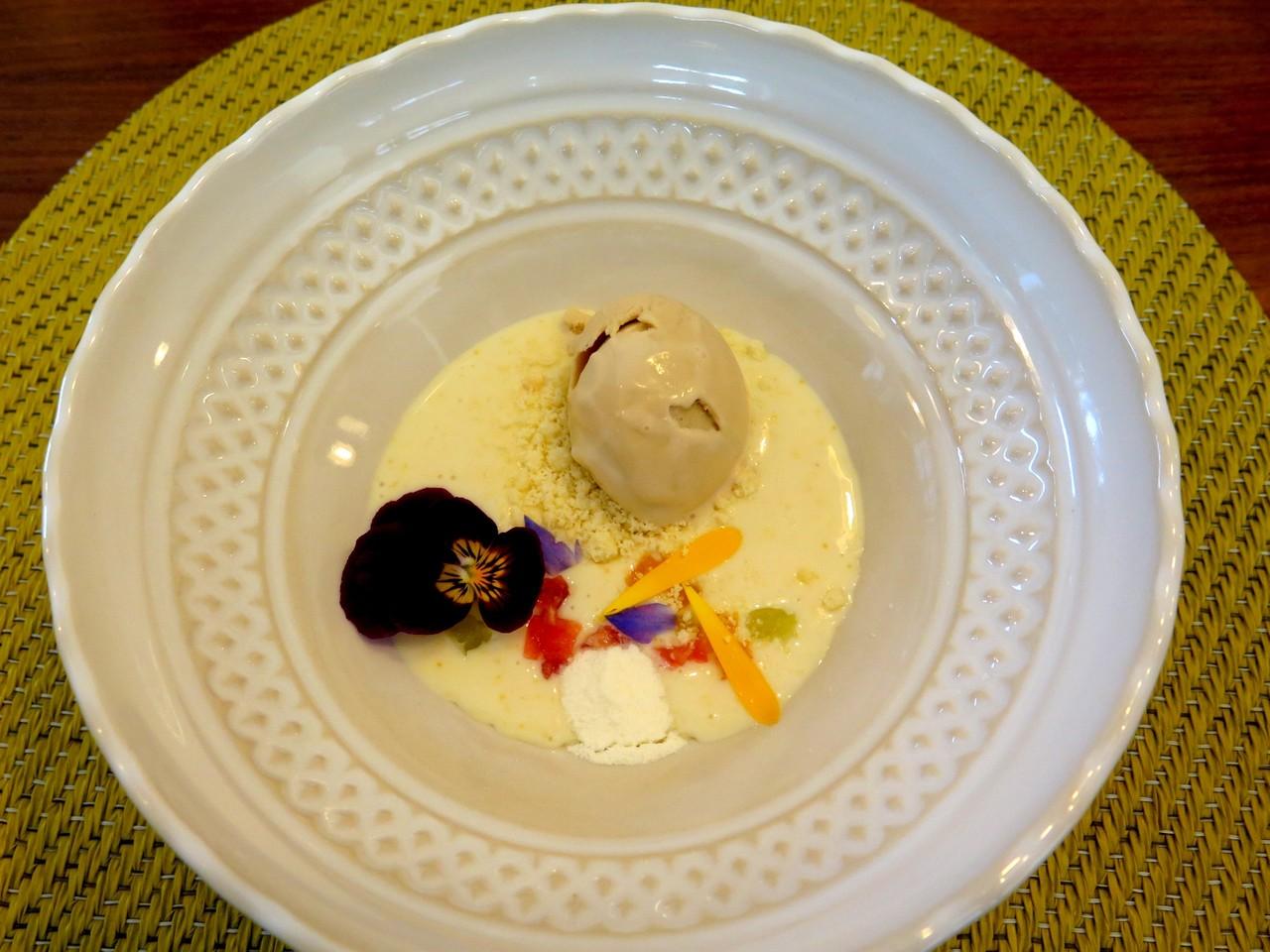 Creme de arroz doce e citrinos, gelado de bolacha Maria