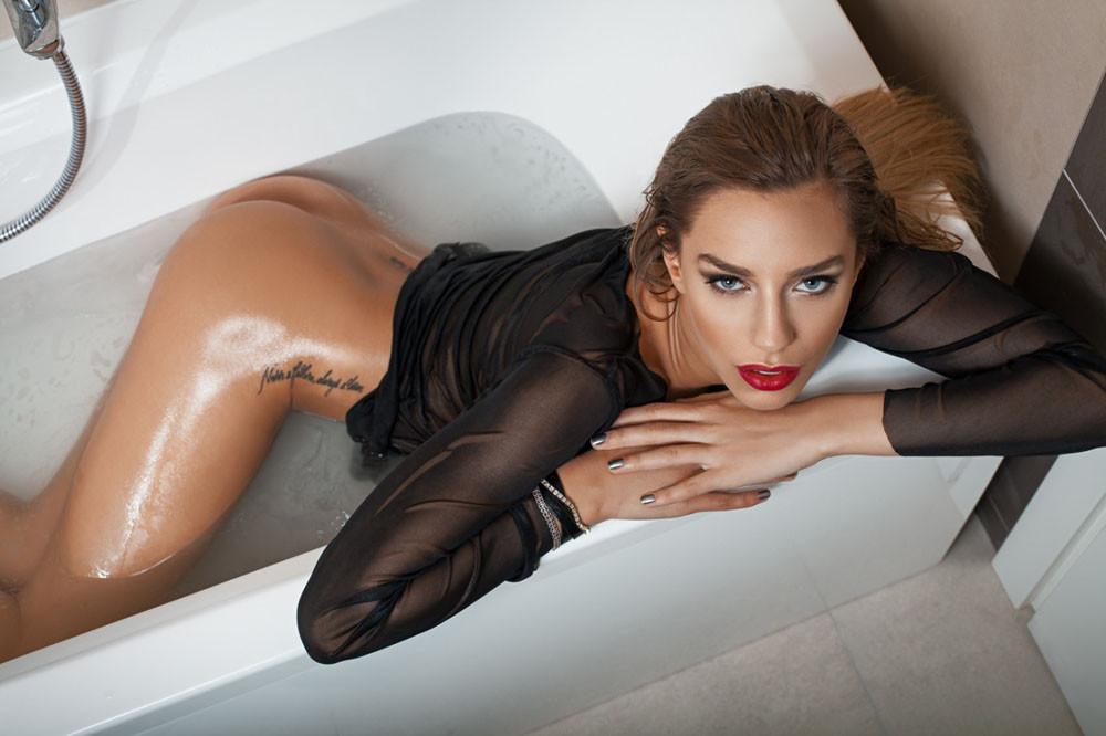 Diana Nicoras .jpg