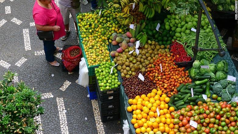 160623171307-portugal-food-14-fruits-p1140741-exla