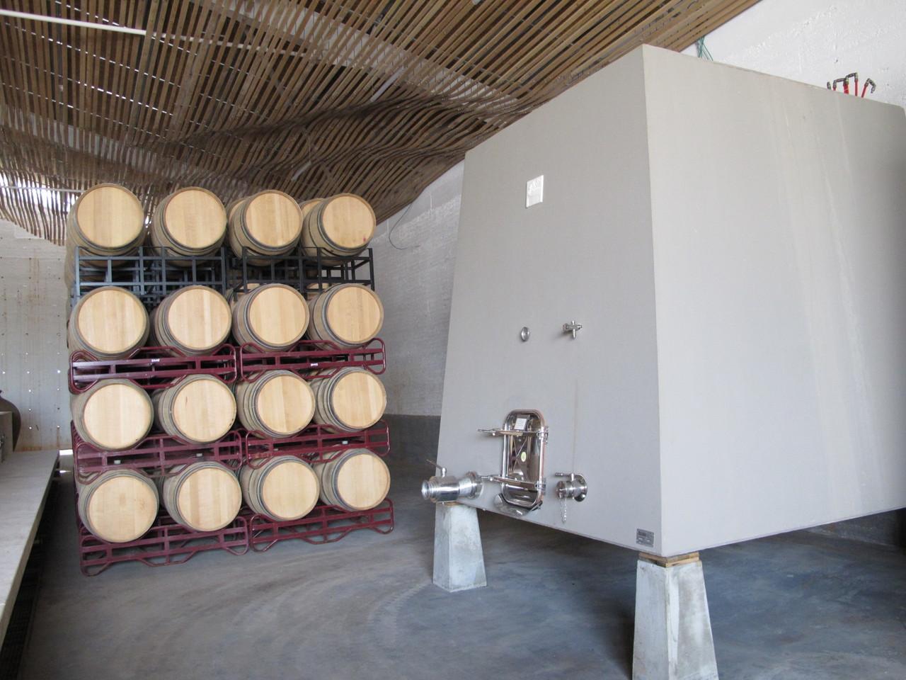 O vinho guarda-se