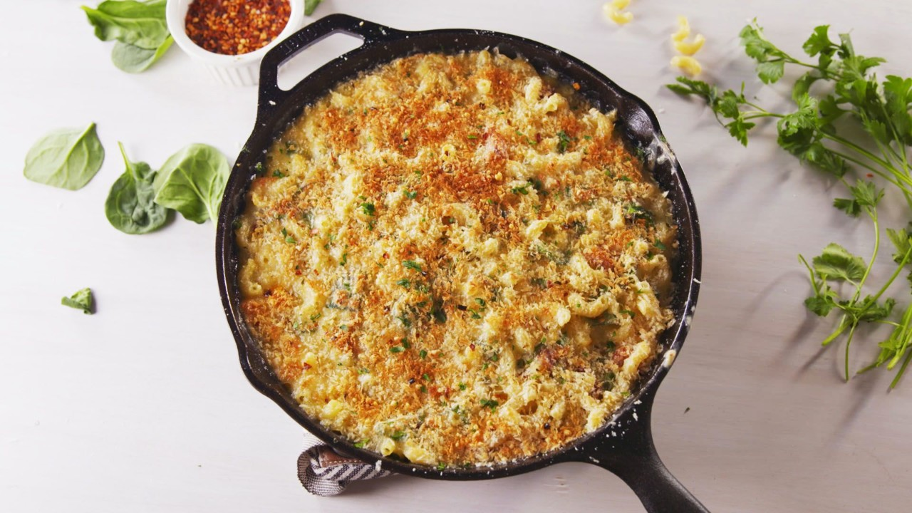 delish-brie-mac-and-cheese-wide-1-1526581862.jpeg