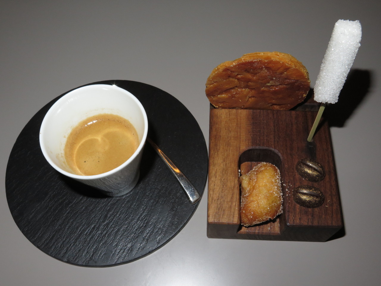 Com o café