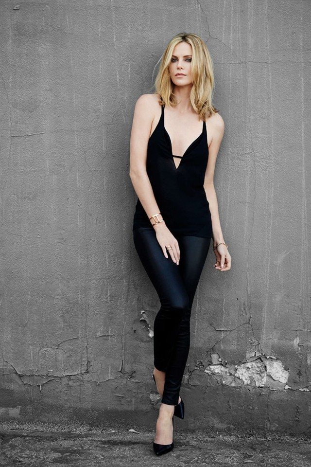 charlize-theron-esquire-us-2015-11-662x993.jpg