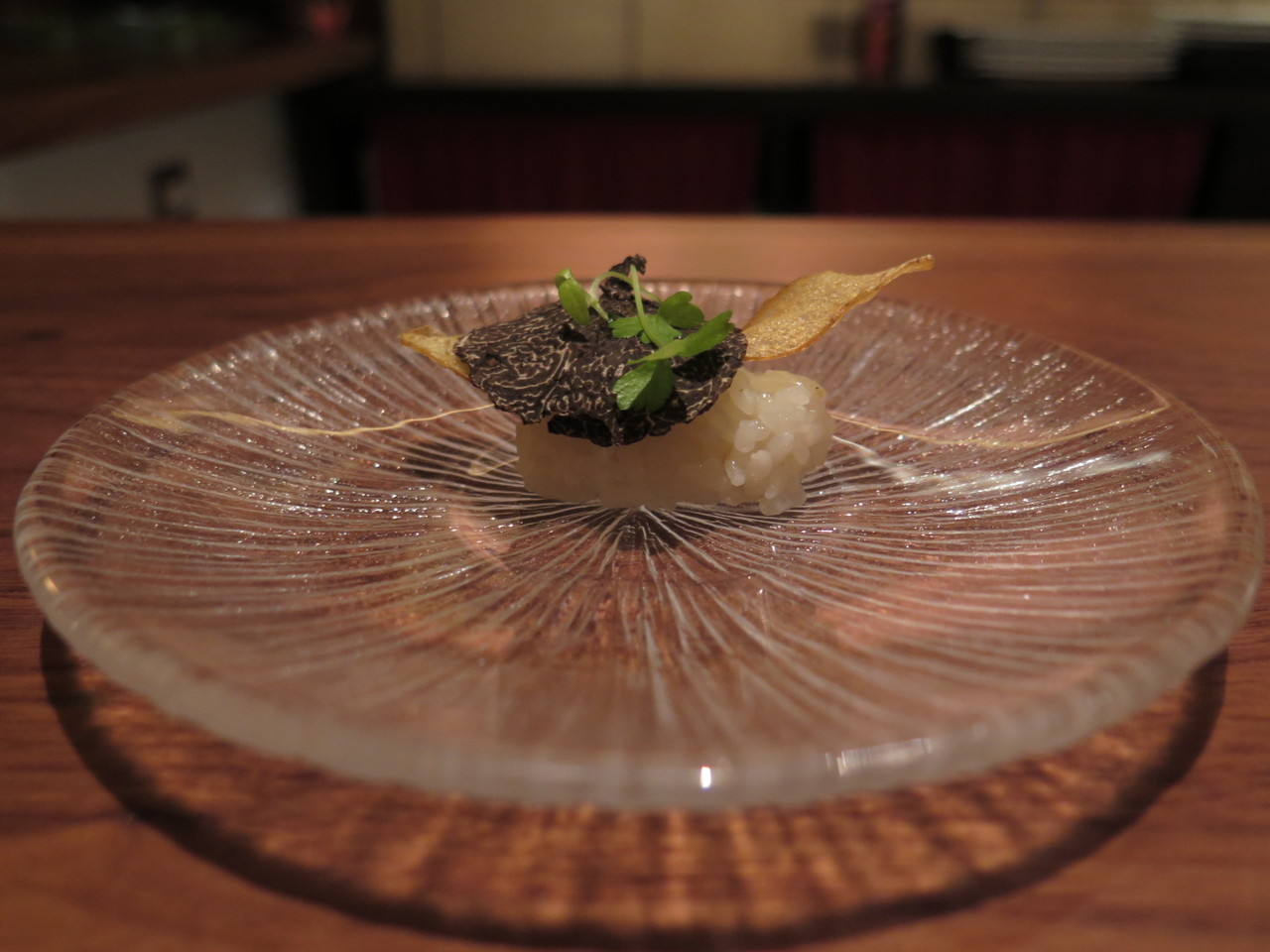 HOUSEMADE FINGERLING POTATO CHIP perigord truffle