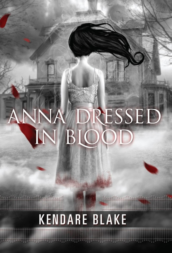 Anna-dressed-in-blood-cover-800x1178.jpg