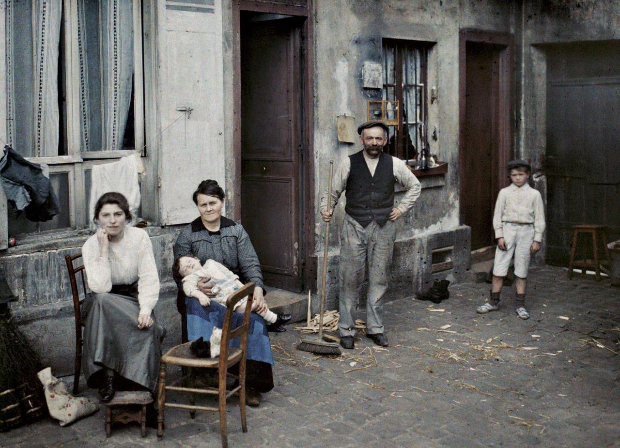 Família_Stéphane Passet_paris_1914.jpg
