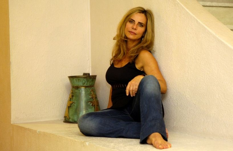 Bruna Lombardi (atriz, modelo & escritora).jpg