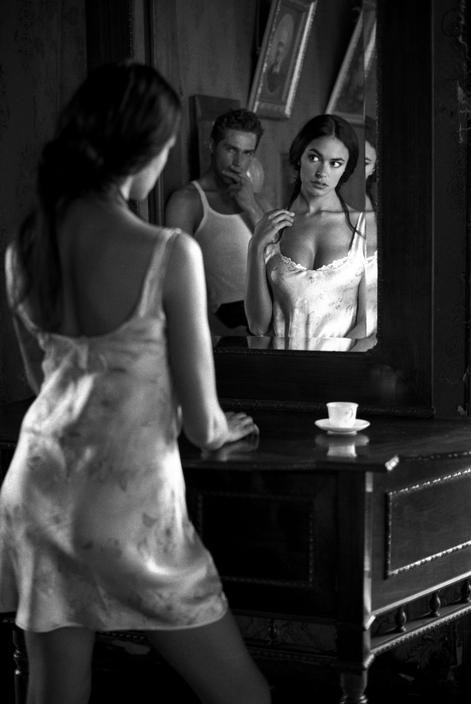 Italian actress Maria Grazia CUCINOTTA.jpg