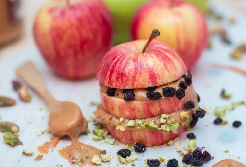 Apple-Peanut-Butter-Sandwich-2-790x535.jpg