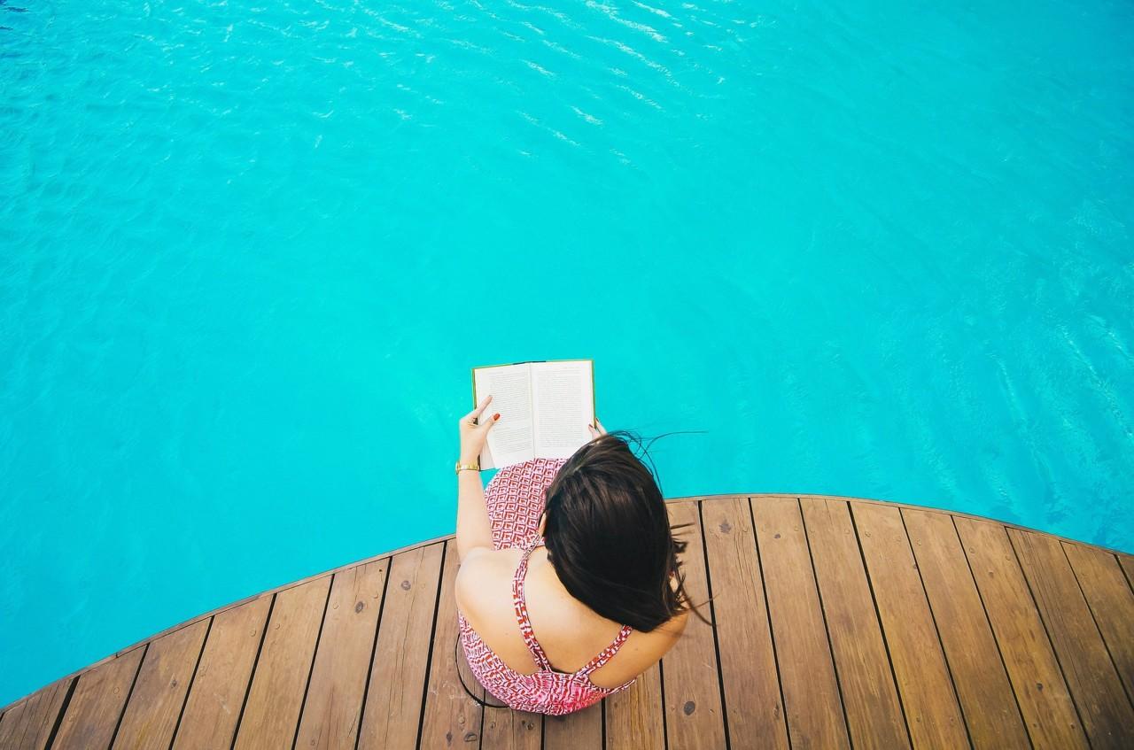 swimming-2566671_1920.jpg