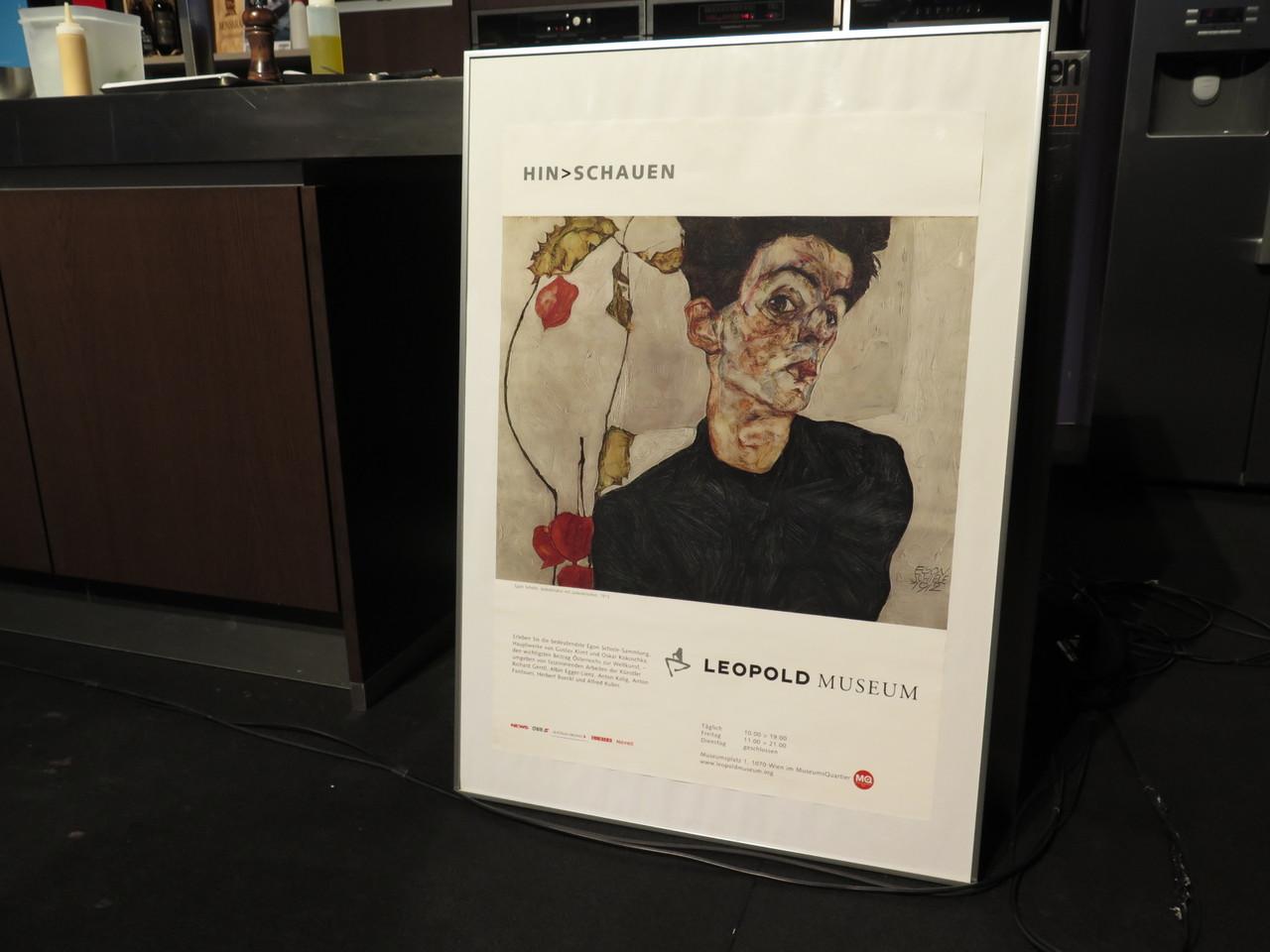 O famoso poster do Leopold Museum que inspirou o nome do restaurante