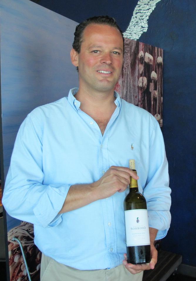 Filipe Teixeira Pinto e o Herdade do Sobroso branco 2014