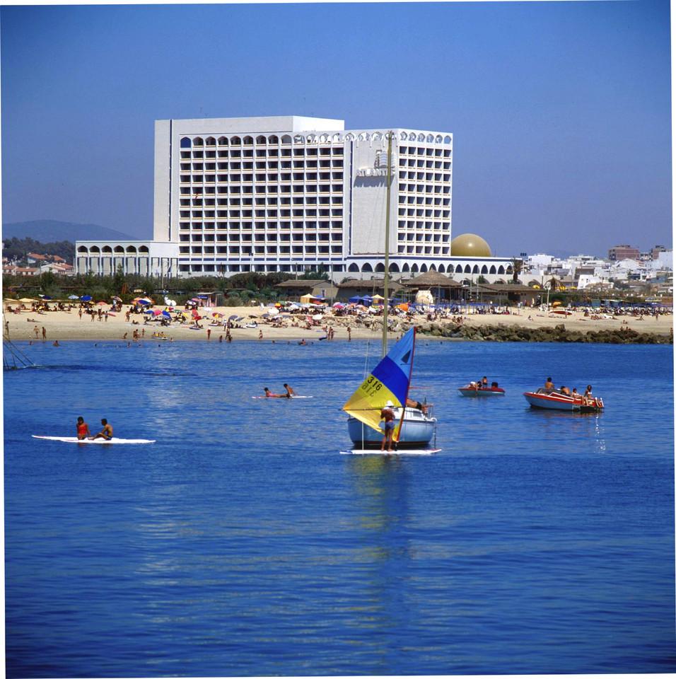Quarteira, Algarve (A. Pastor, 198...)