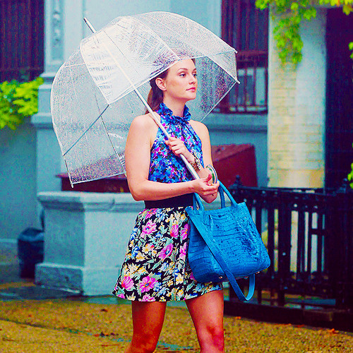 blair waldorf umbrella.jpg