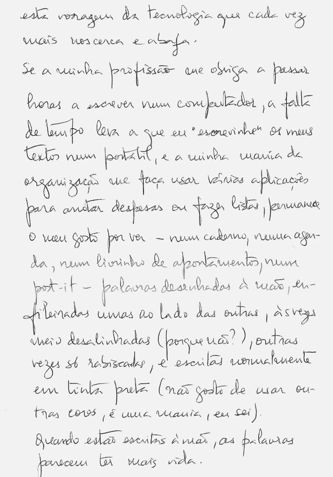 Escrever à mão 3 pb.jpg