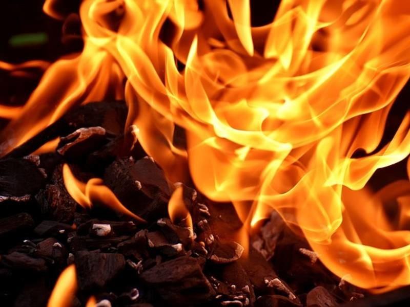 fire-2777580_640-1531000945-6165.jpg