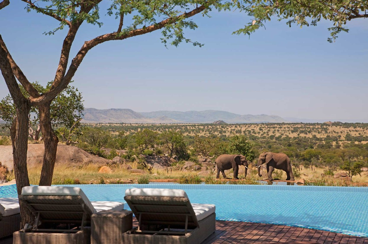 four-seasons-safari-lodge-serengeti.jpg
