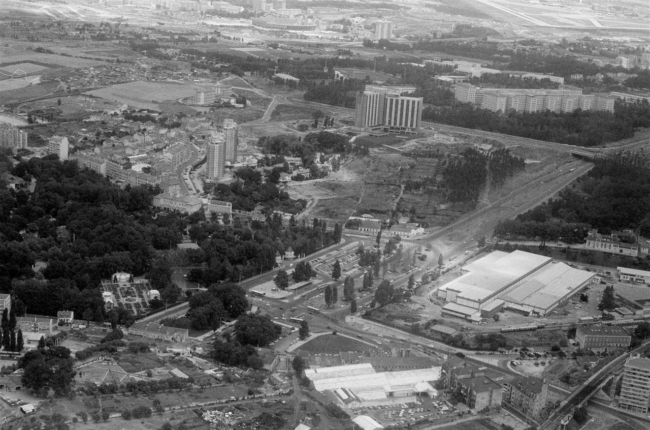 Vista aérea s/ Sete Rios, Lisboa (Gonçalves, 1977)