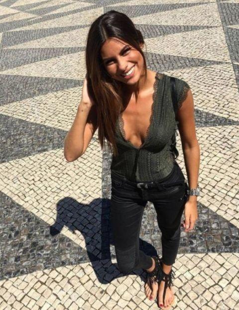 Carolina Loureiro (atriz & apresentadora).jpg