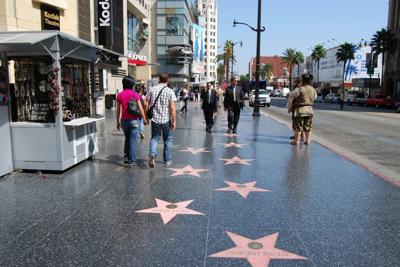 paseo-de-la-fama-hollywood.jpg