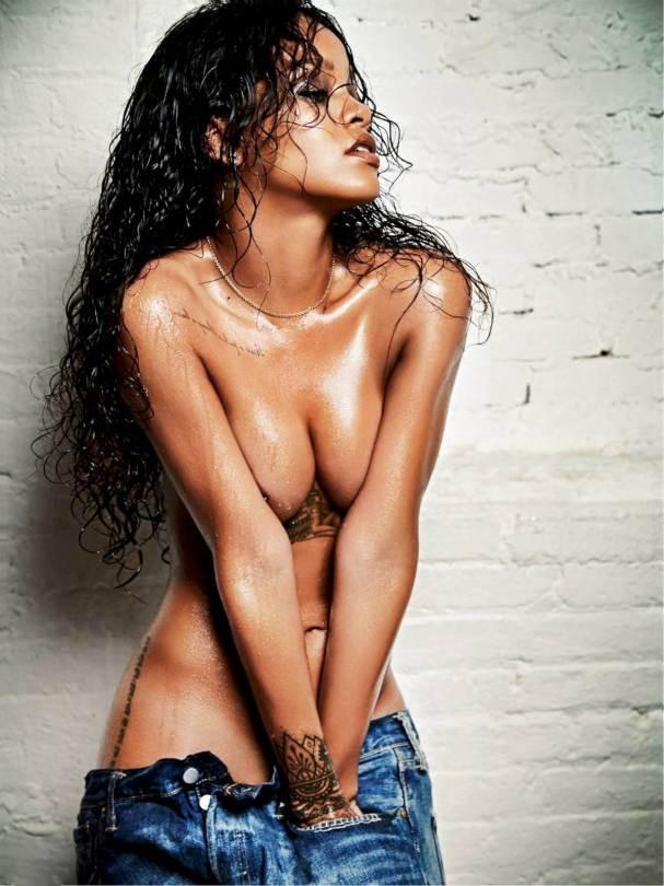Rihanna-10.jpg