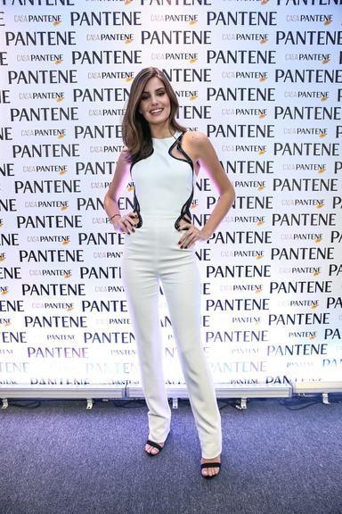 Camila Queiroz 44.jpg