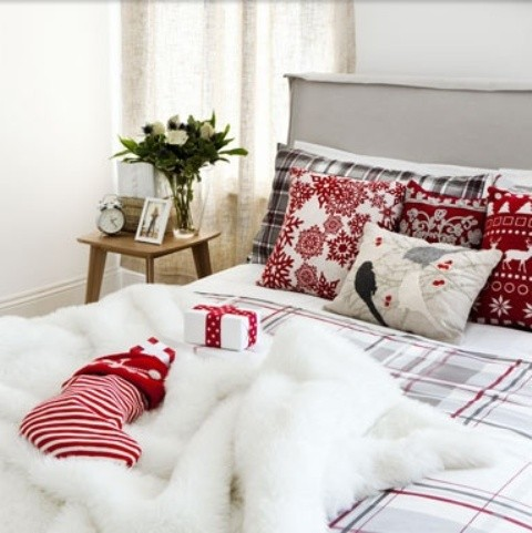 adorable-christmas-bedroom-decor-ideas-17.jpg