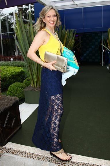 Adriana Colin (apresentadora, modelo & jornali